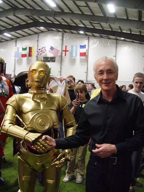 Anthony Daniels Meeting C3PO from the Steel City Con