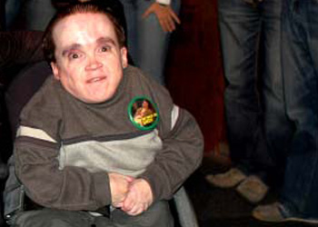 Can eric the midget with can suggest